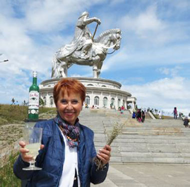 Marie-Claude Delahaye at The Gengis Khan statue with La Fée Absinthe